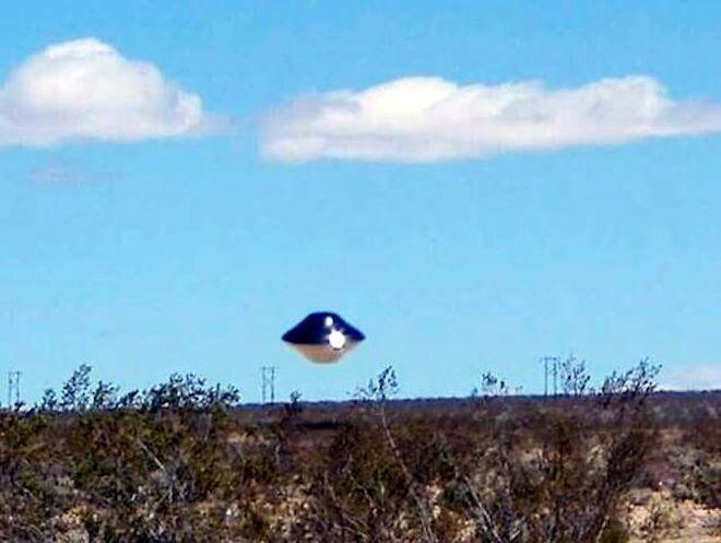 UFO xuất hiện gần một căn cứ quân sự Mỹ?