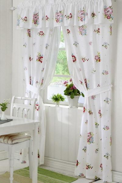 Cân đối độ dài của rèm cửa