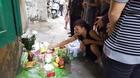 Bé trai sơ sinh nặng 4kg tử vong trong nhà chứa rác
