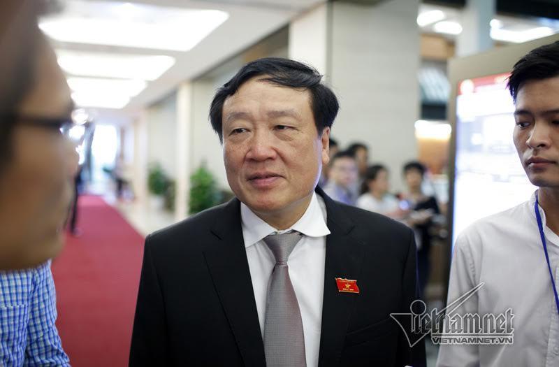 Bộ trưởng Tài chính, Thống đốc NHNN mở màn phiên chất vấn