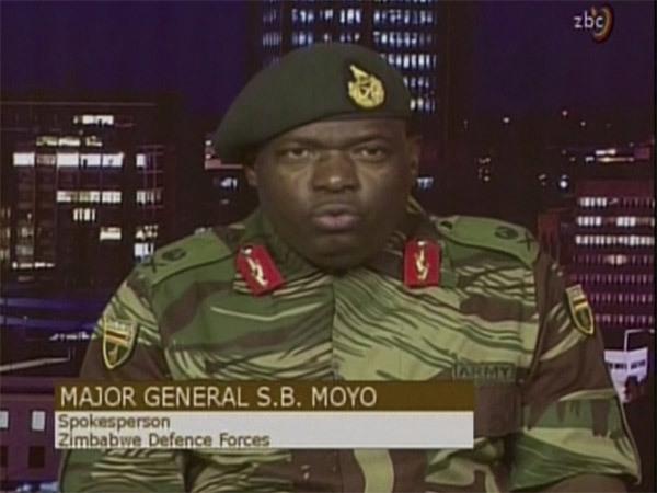 duong-pho-thu-do-zimbabwe-day-xe-tang-dan-un-un-rut-tien-5
