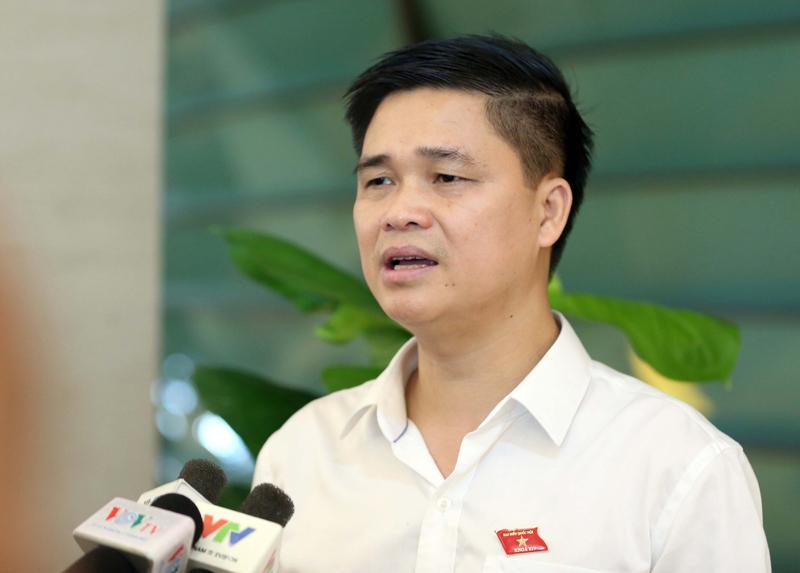 ĐB Quốc hội đề xuất TP.HCM, Hà Nội thí điểm làm việc tại nhà