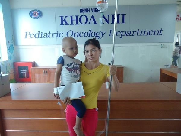 Bạn đọc ủng hộ bé Lê Văn Thành bị ung thư võng mạc