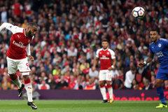 Ngoại hạng Anh trở lại: MU dậy mà đi, rực lửa derby London