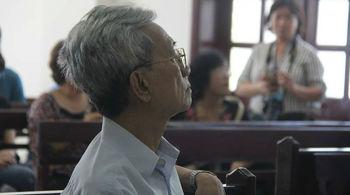 Xử ông Nguyễn Khắc Thủy dâm ô trẻ em: Luật sư yêu cầu xử kín, hoãn tòa
