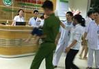 Điều tra vụ hơn 100 trẻ mầm non nghi ngộ độc sau bữa phụ ở trường
