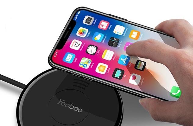 [VietnamNet.vn] Vì sao sạc không dây Galaxy Note 8 tối ưu nhất cho iPhone X?