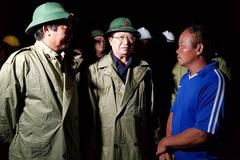 Phó Thủ tướng kiểm tra chống bão tại Ninh Thuận