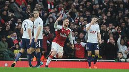 Bóp nghẹt Tottenham, Arsenal thắng trận derby kiêu hãnh