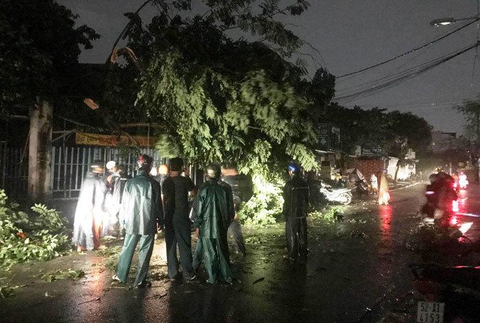 Sài Gòn mưa lớn,mưa,bão số 14,ngập nước