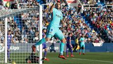 Luis Suarez rực sáng, Barca thắng đậm ở Madrid