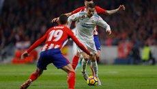 Ronaldo im lặng, Real kém Barca 10 điểm