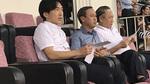 Sau đồn đoán, HLV Miura căng thẳng xuất hiện tại Việt Nam