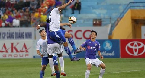 Hà Nội 1-0 Quảng Nam: Văn Quyết ghi bàn