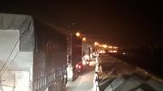 Cao tốc Pháp Vân tắc dài lúc nửa đêm