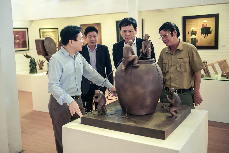 Khai mạc không gian nghệ thuật 1000m2 của NSND Vương Duy Biên