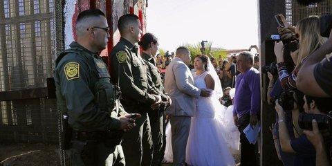 hàng rào biên giới Mỹ Mexico
