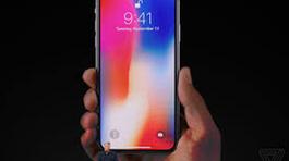 """iPhone X """"cháy hàng"""" ngay trên """"sân nhà"""" của Samsung, LG"""
