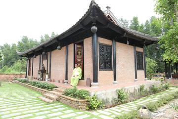 Biệt phủ rộng 1.600 m2 ở Đồng Nai của diễn viên Hoàng Mập