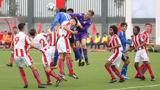 U15 PVF hạ Stoke City trong ngày ra mắt Ryan Giggs