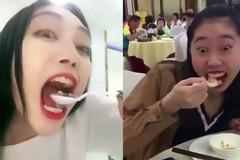 Cách ăn không dính son môi của hotgirl gây sốt