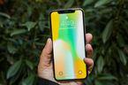 Mỹ: Thanh thiếu niên thích iPhone X, người lớn thích Galaxy S8