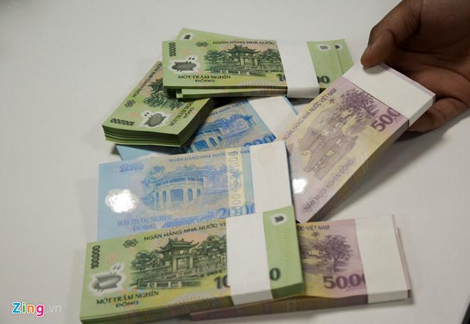 vietcombank vietinbank,nhân viên ngân hàng,tiền lương
