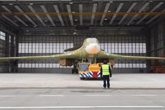 Hình ảnh siêu máy bay ném bom mới toanh của Nga