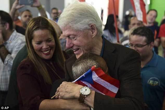 Bill Clinton,cựu Tổng thống Clinton,Tổng thống Mỹ,cáo buộc,bê bối tình ái,tấn công tình dục,bê bối tình dục