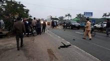 2 người đàn ông chết thảm dưới gầm xe tải