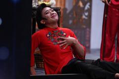 Trấn Thành 'nhại' Lâm Chi Khanh trên sân khấu Ơn giời
