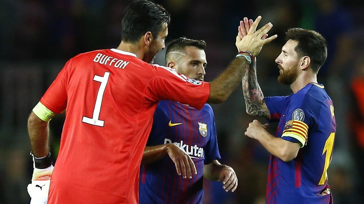 Juventus vs Barca: Messi thách thức Buffon