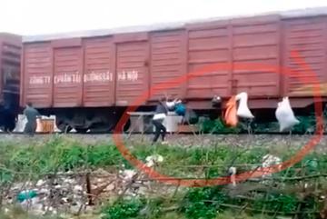 'Gửi rác Hương Khê đi Sài Gòn', hai vợ chồng bị phạt