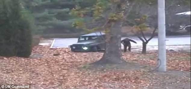 Công bố video lính Triều Tiên vượt biên bị bắn