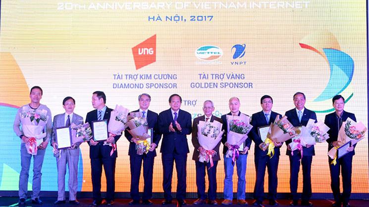 [VietnamNet.vn] 10 nhân vật ảnh hưởng nhất đến Internet VN trong 10 năm qua