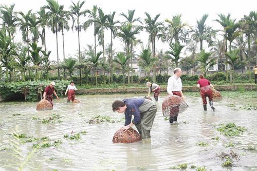 Xóa nghèo nhờ du lịch nông thôn