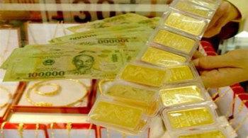 Giá vàng hôm nay 23/11: Dồn dập bán tháo, vàng vẫn vững giá