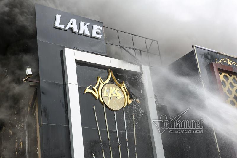 cháy,cháy quán karaoke