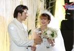 Kelvin Khánh tình tứ hát tặng Khởi My trong ngày cưới