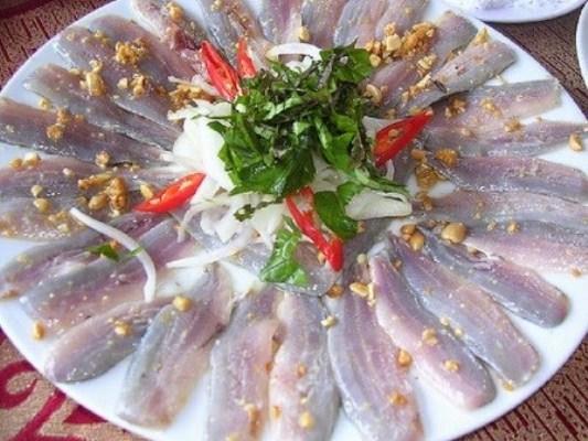Đặc sản 'thủy quái' biển Đông ở Quảng Bình
