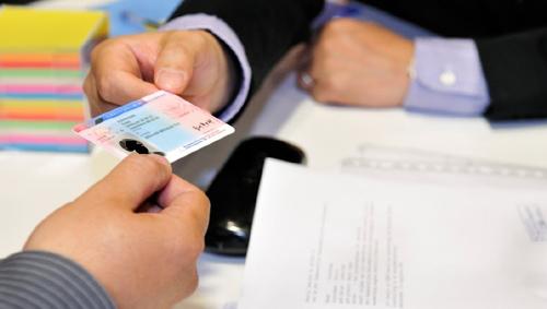 Người Việt có cơ hội lấy thẻ xanh tại Latvia