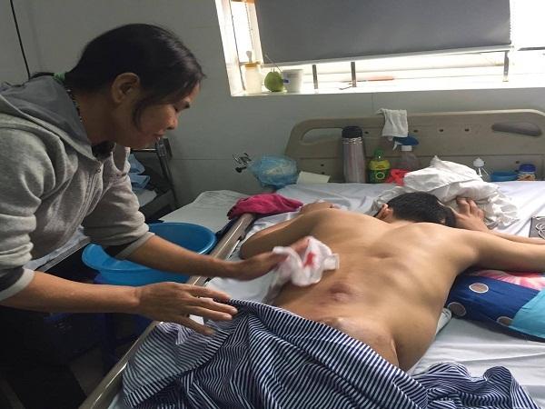 Ước mơ giản dị của chàng trai bị tai nạn cắt cụt cả hai chân