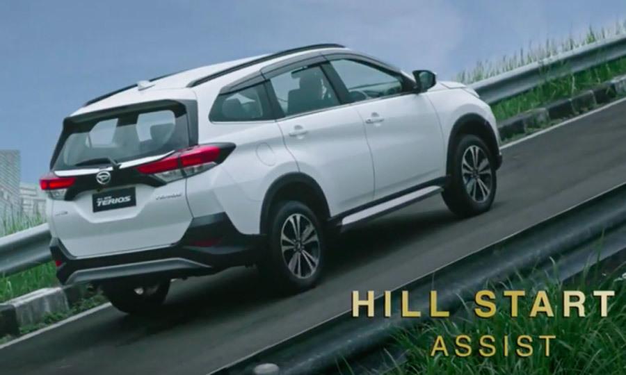 Ô tô đa dụng Toyota giá chỉ 336 triệu: Cơn sốt mới