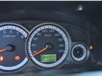 Lái xe khi gần hết xăng có gây hại cho động cơ?