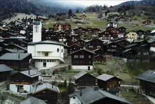 Làng Thụy Sĩ đẹp như mơ tặng tiền cho người tới sống