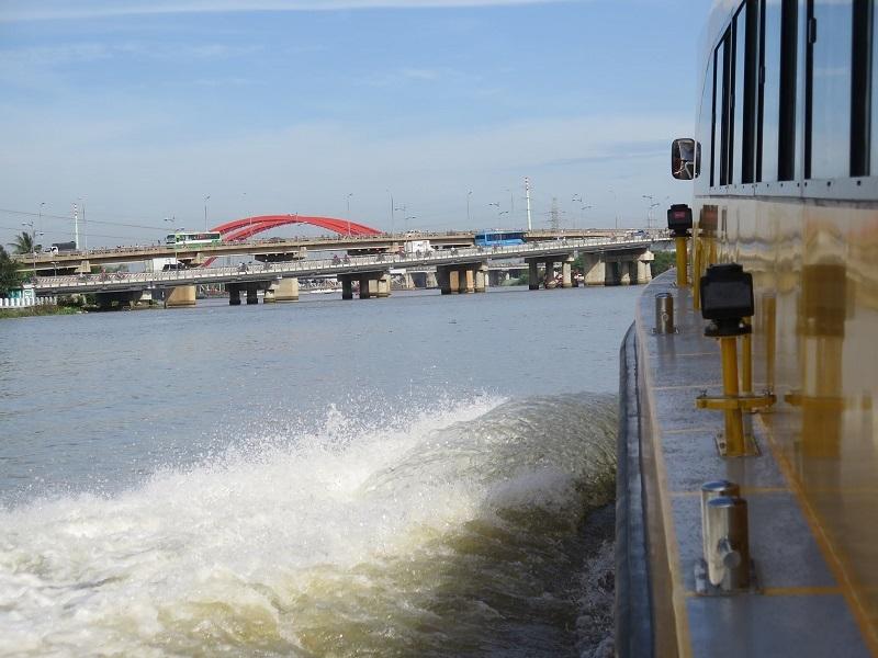 buýt sông,tuyến buýt sông số 1,sài gòn,bạch đằng,Linh Đông