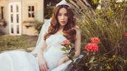 Hồ Ngọc Hà chụp ảnh cưới không có chú rể