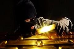 Người làm thuê lộ trộm 6,5 cây vàng vì mê...xe SH