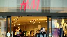 Đốt bỏ hàng tấn quần áo H&M để phát điện