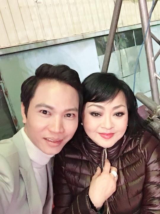 Ca sĩ bật mí cát-xê khi hát siêu đám cưới 10 tỷ tại Bắc Ninh